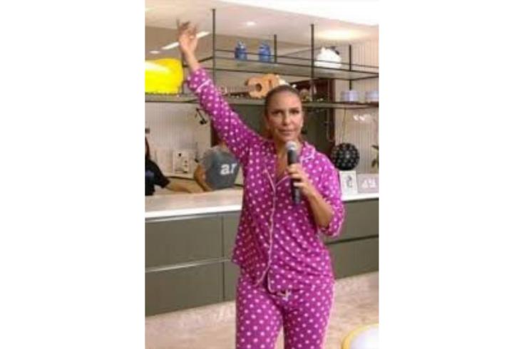 ivete-sangalo-pijama-live